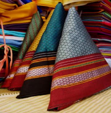 Khand/ Khan Blouse Weaving of Guledgudd, Karnataka