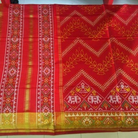 Ikat/Patola Sari Weaving of Ahmedabad, Gujarat