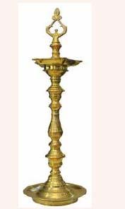 Nachiarkoil Kuthuvilakku (Nachiarkoil Lamp)