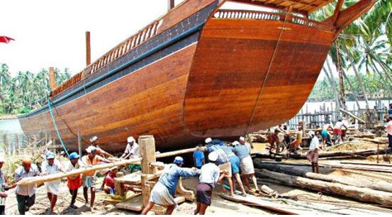 Uru Dhow : Wooden Cargo Ships of Kerala (Endangered)